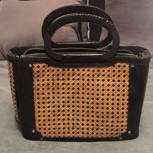 White House Black Market handbag- Excellent cond.